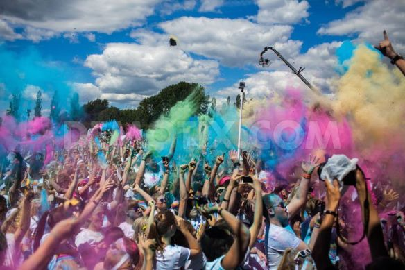 Pic from http://www.demotix.com/news/5017548/color-run-takes-place-copenhagen/all-media